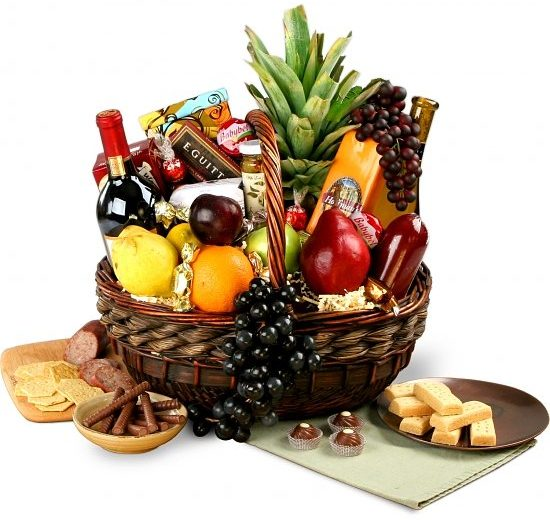 Executive Wine Fruit Gourmet Gift Basket
