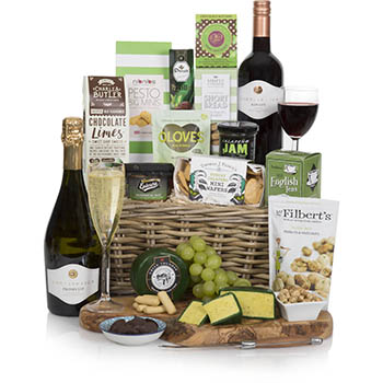 The Christmas Rose Wine Gift Basket UK