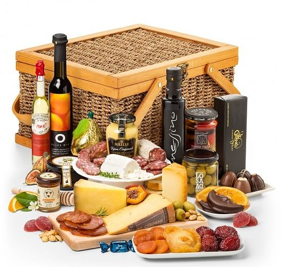 Premium-Cured-Meat-and-Cheese-Gourmet-Gift-Basket