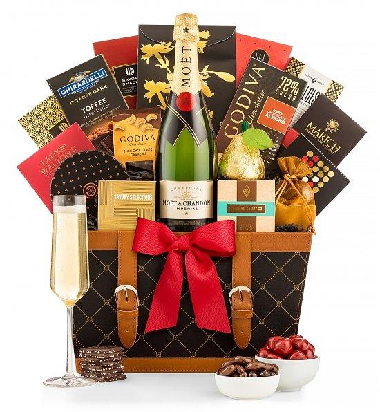 Moet-et-Chandon-Champagne-Gift-Basket