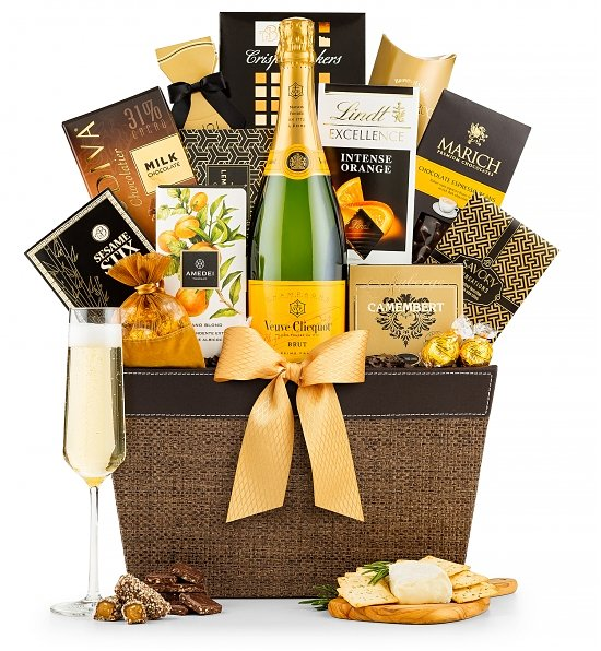 Veuve-Clicquot-Champagne-and-Gourmet-Gift-Basket