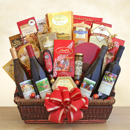 California Dreaming 4 Wine & Gourmet Foods Gift Basket