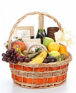 Champagne & Fruit Gift Basket - NEXT DAY DELIVERY*